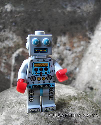 LEGO_robot_4592