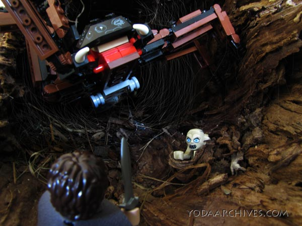 LEGO LOTR Shelob and Frodo