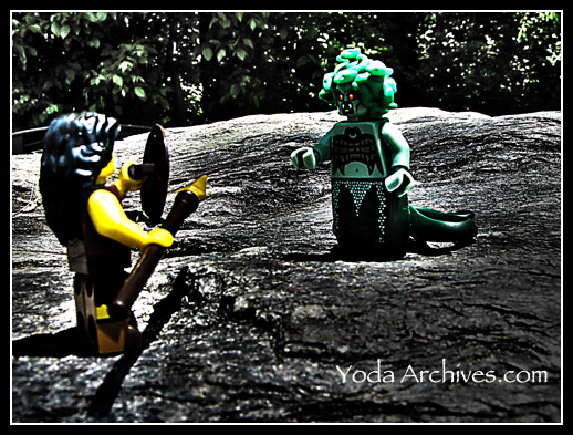 lego warrior woman vs medusa