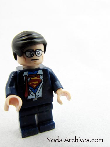lego Clark Kent from Batman heroes unite dvd