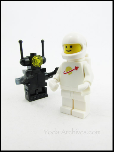 classic space white minifig